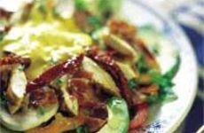 Kycklingsallad med bacon