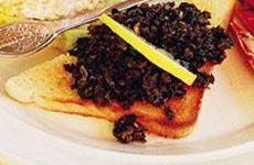 Tapenade av svarta oliver