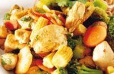 Wokad kyckling med grönsaker