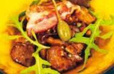 Kycklinglever med bacon och svamp