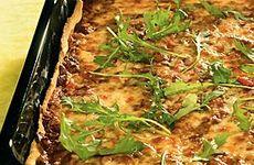 Pizza med köttfärsfyllning