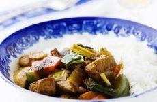 Kinagryta med fläskfilé och ananas