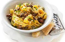 Krämig svampsås med pasta
