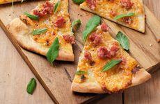 Pizza med salsiccia