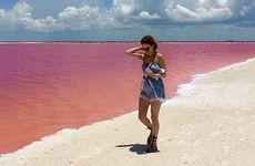 Bilder: Här kan du posera framför en rosa lagun