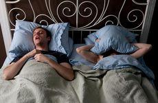Sov i egen säng och rädda ditt förhållande