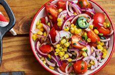 Tomatsallad med majs