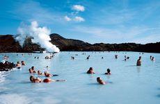 Läsarresa: Följ med till sagoön Island