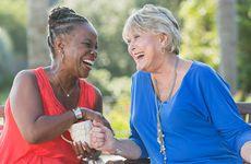 Forskning: Äldre lever längre om de har vänner och familj runt sig